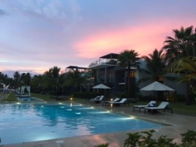 """""""Casa del Mar"""" at Sublime Luxury Hotel"""