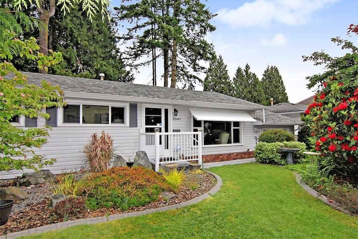 Room in Abbotsford near UFV and Highway 1