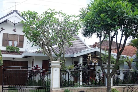 1large bedroom, charm, cozy, Malang
