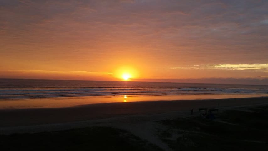 Amazing Sunsets and Ocean View - Olon