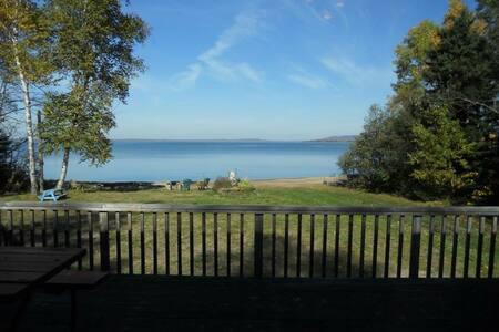 Superior Beachfront Cottages - Goulais River