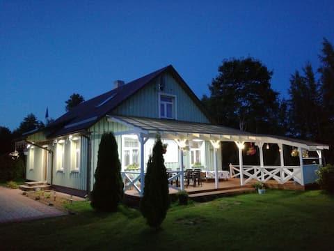 Erdvus namas ir sauna netoli Peipsi ežero