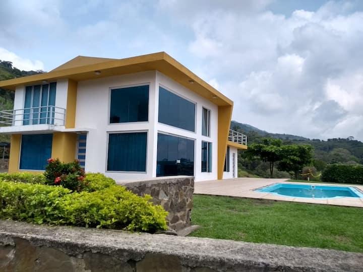 Alquiler casa Quinta, hermosa villa de descanso.