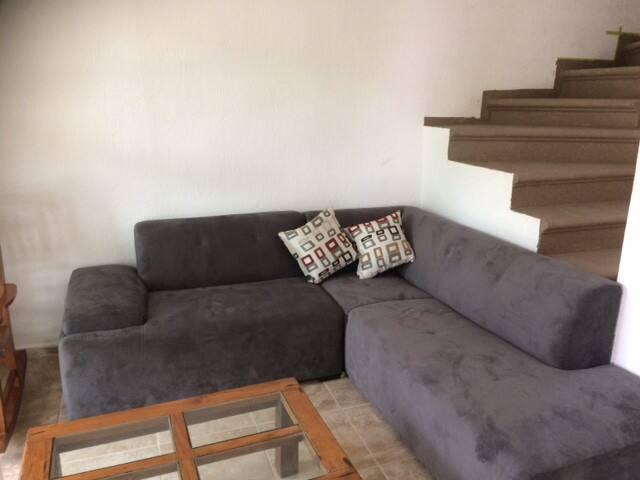 sofa  de descanso amplio