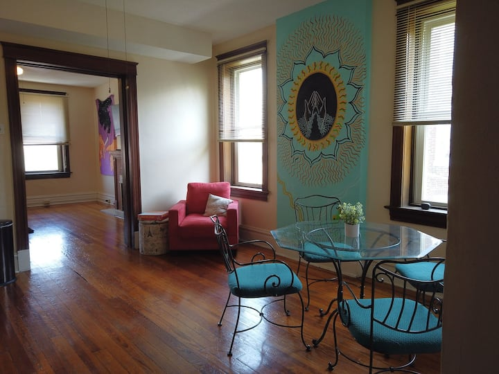 Beautiful Gem South Side St Louis Apartment
