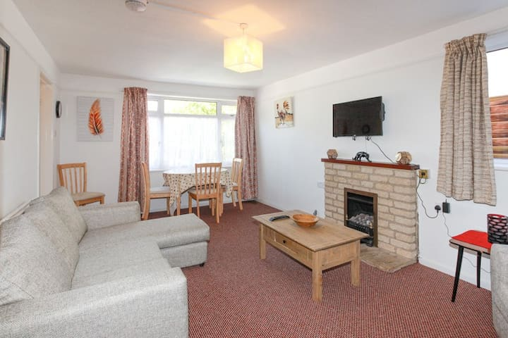 Two bedroom apartment near Oxford hospitals