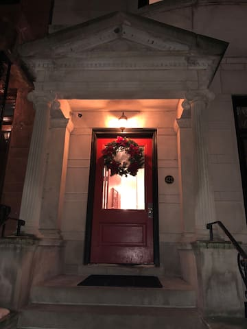Lincoln Park, Lakeview,Zoo, One Bedroom Landmark