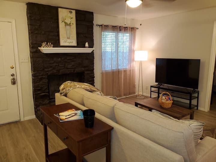Austin Home Complete Remodel w/ 3 BR 2 BA Parking