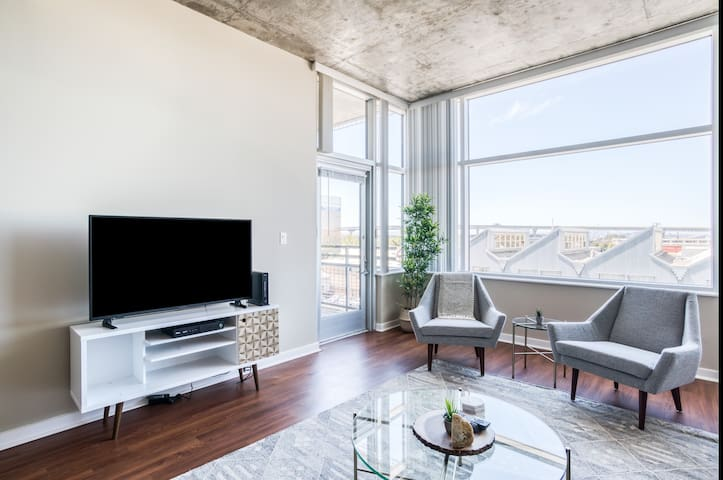 Modern 2BR in Emeryville, Gym + Parking