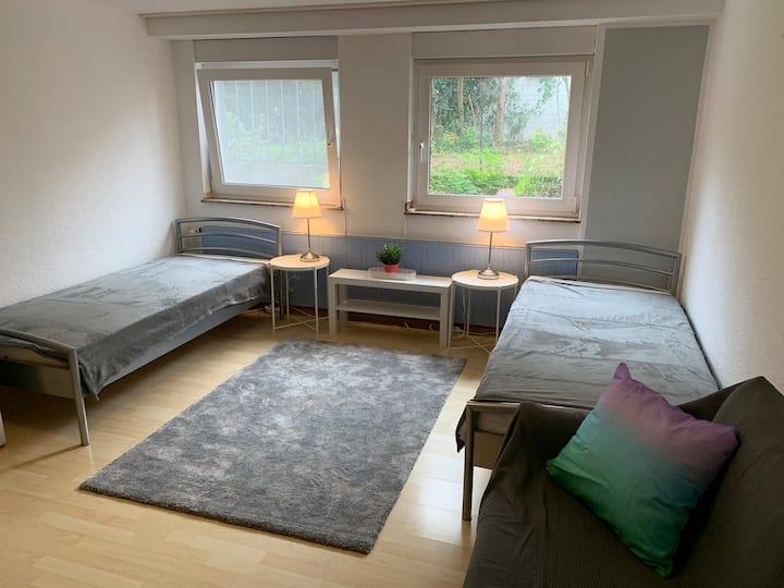 Ruhiges Zimmer in guter Wohnlage Köln-Mülheim