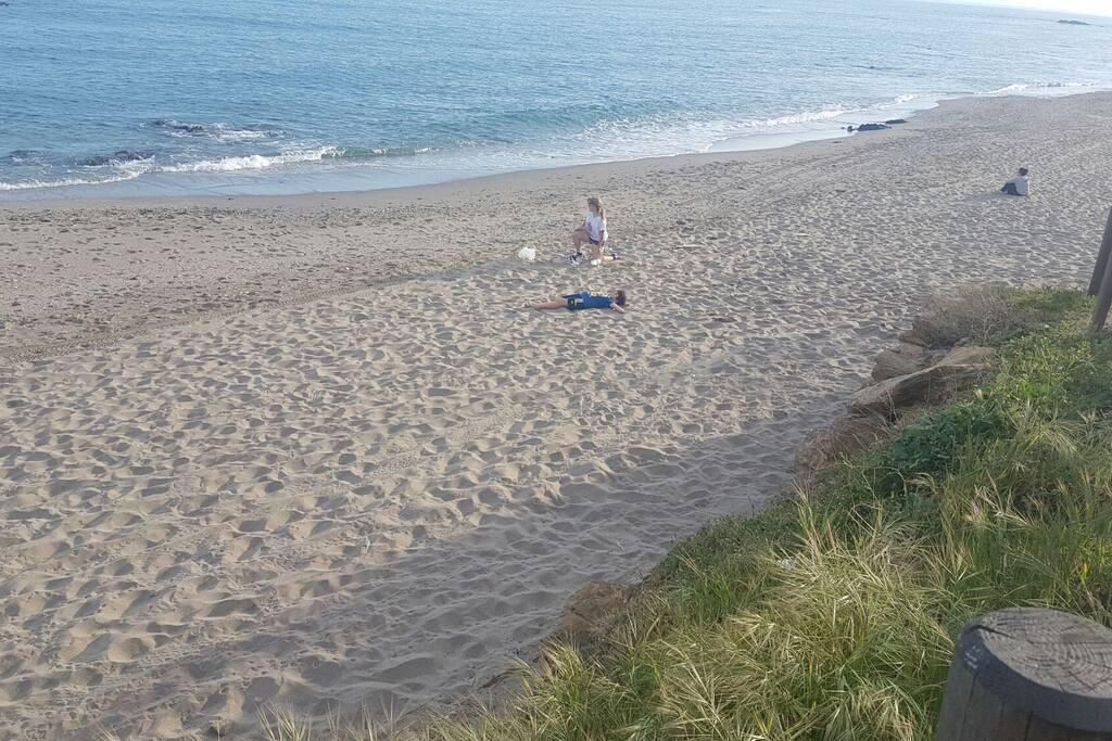 Playa junto a la casa