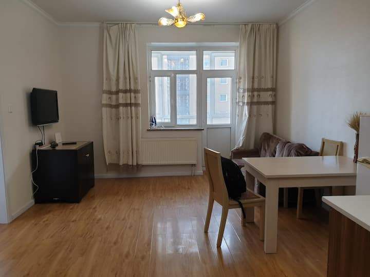 1 bedroom apartment next to Ramada Hotel