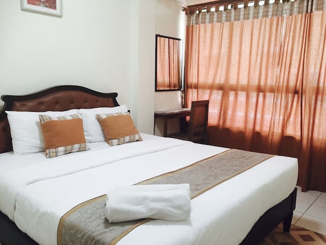 CY1 : mini room with breakfast, Thaphae Rd. - Chang Khlan - Bed & Breakfast