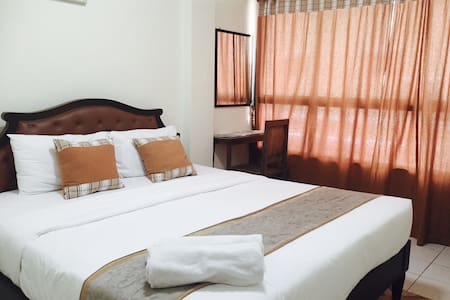 CY1 : mini room with breakfast, Thaphae Rd. - Bed & Breakfast