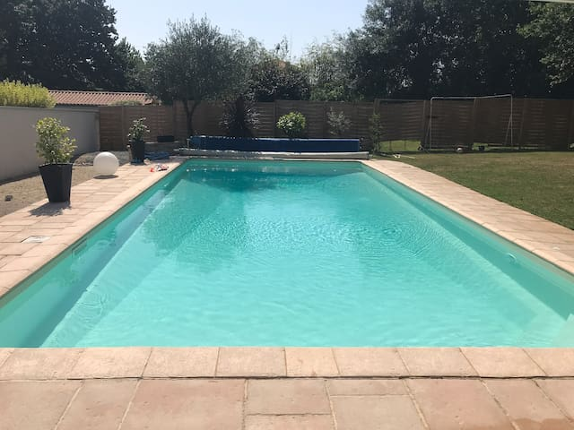 Cosy chambre avec accès piscine