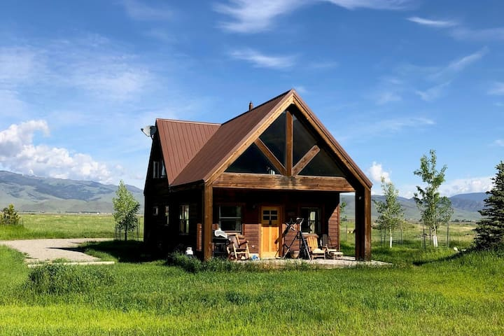 The Golden Grizzly Cabin / FREE Gift Certificate*