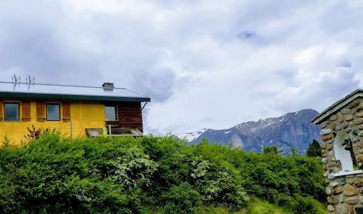 Maison écologique en promontoire de Serre-Ponçon