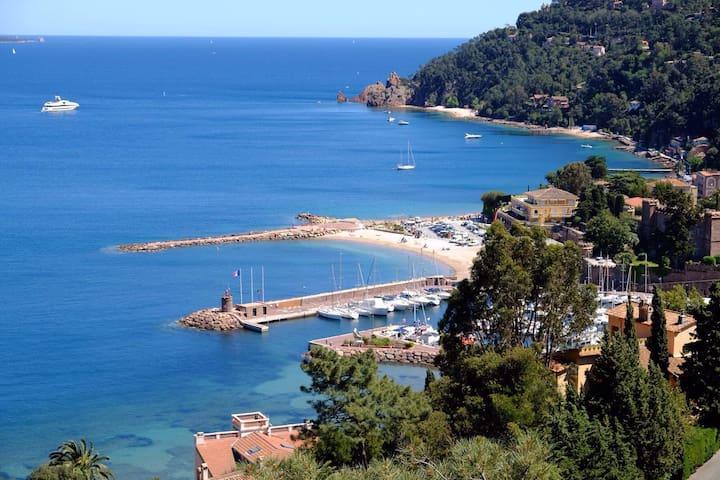 Villa de Vacances avec Piscine - Théoule-sur-Mer - House
