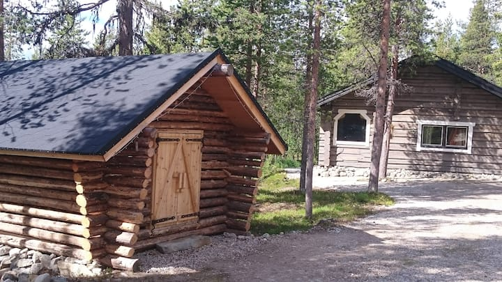 Lapland cabin in a picturesque location