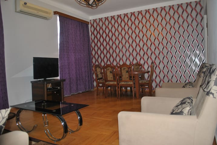 Apartment in the city center on 8th floor