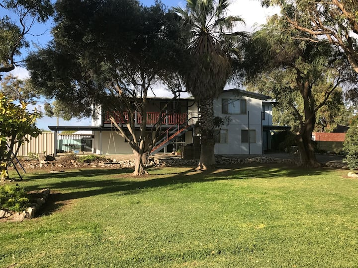 Great large family escape in the heart of Lancelin