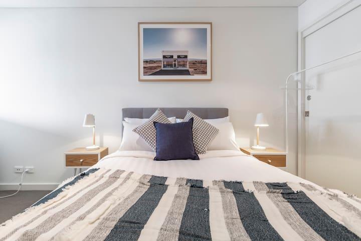 Cosy 2nd bedroom, tastefully furnished