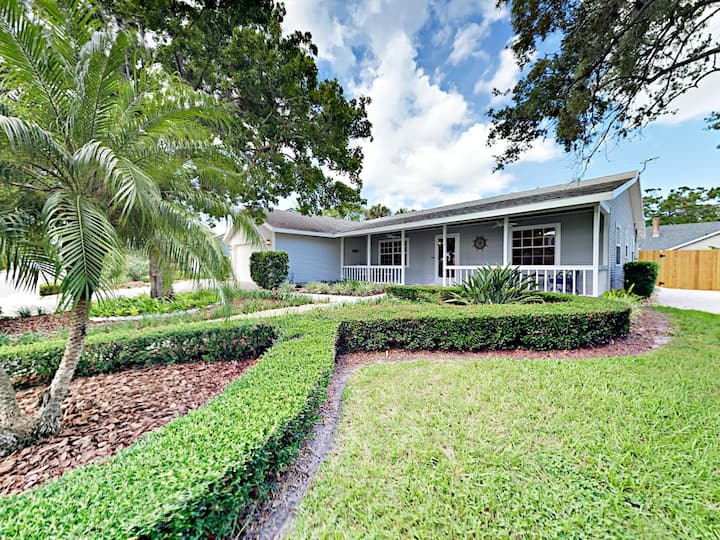 River District Gem with Lanai & Manatee River View