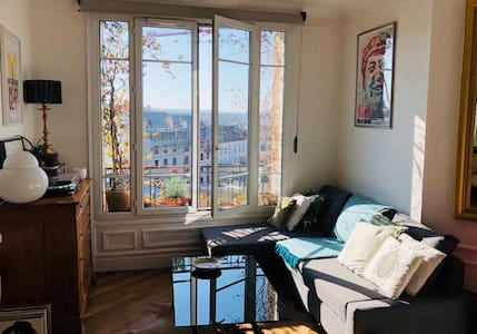 Charming flat in the heart of Versailles