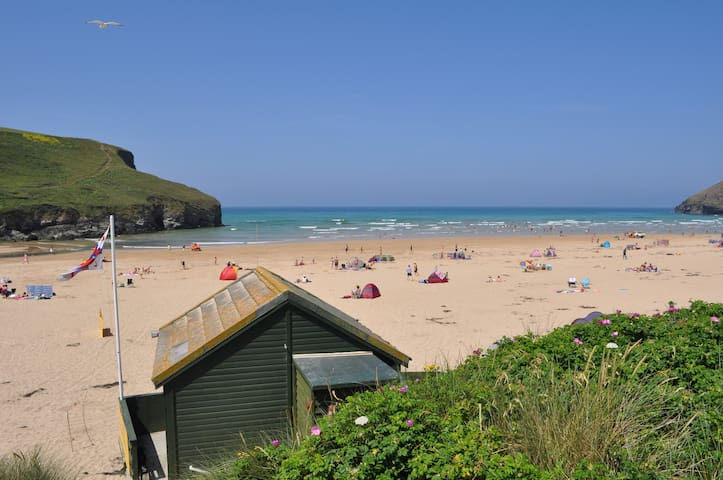 Beach Retreat - overlooking the sea - Mawgan Porth - Casa