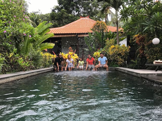 Ricefield bungalow authentic modern & private pool