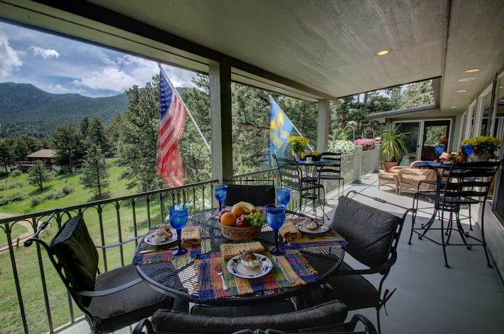 Luxury Mountain Home on World-Class Golf Course!!