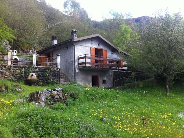 Baita Montagna Parco Adamello - Garda - Villa