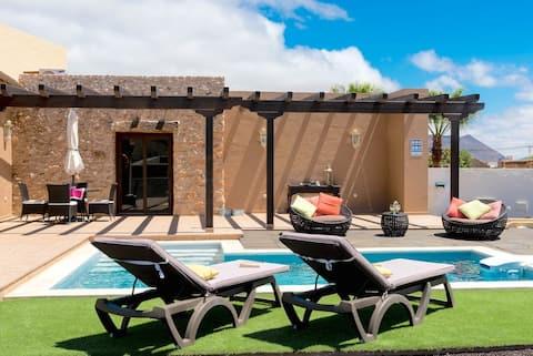 La Morisca - Modern and cozy finca with pool