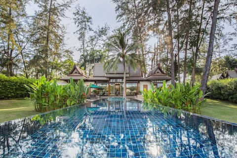Banyan Tree 3-Bedroom Double Pool Villa