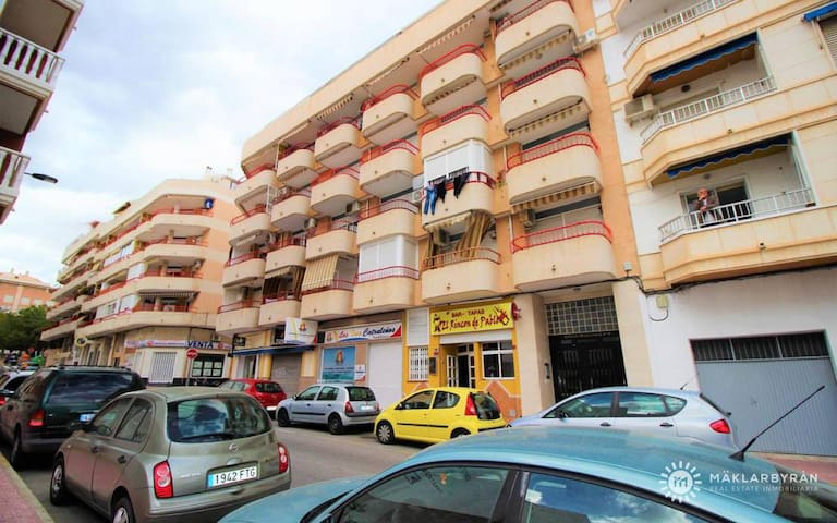MB MONTSERRAT Charming studio close to the beach of Torrevieja