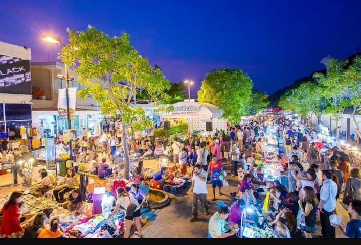 Phuket town Studio 201
