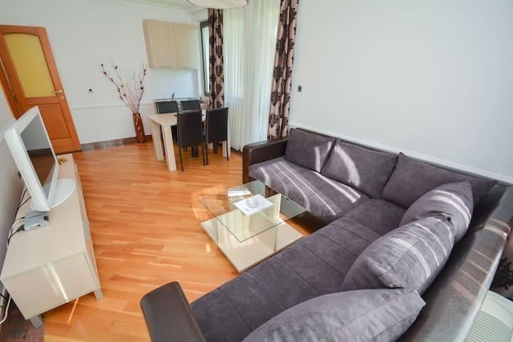 Stunning 1-Bedroom Apartment in Becici - NEAR SEA