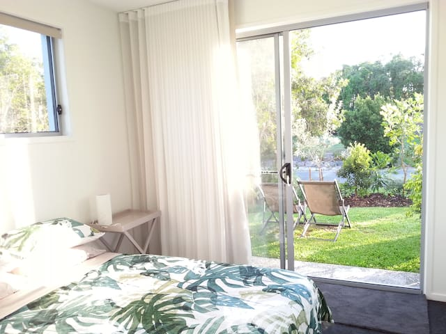 Private access & ensuite Beachside - Yaroomba