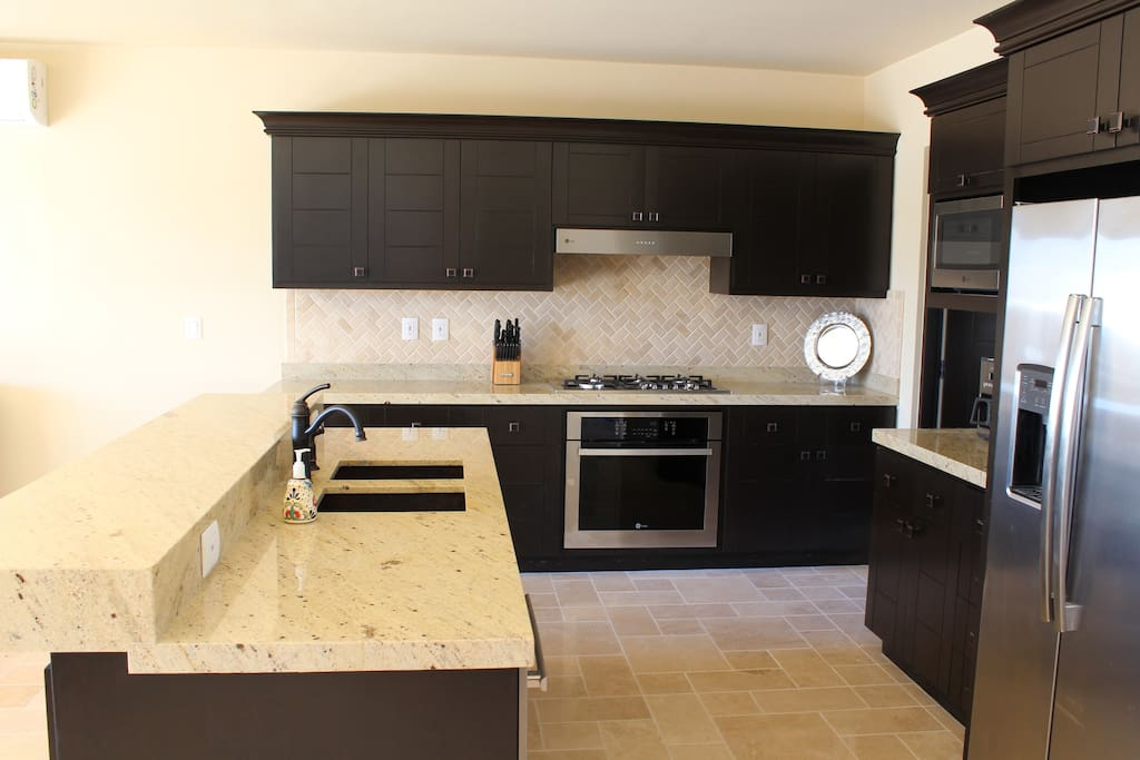 Our fully equipped upgraded chef's kitchen