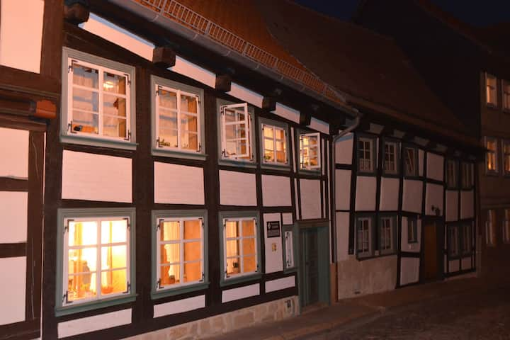 2-person studio in the oldest half-timbered house in Blankenburg with terrace