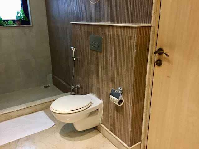 WC with faucet