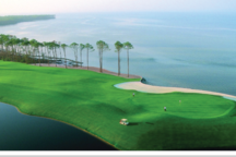 Mojo is perched in the middle of a golfer's paradise with 4 world class golf courses within 4 miles.