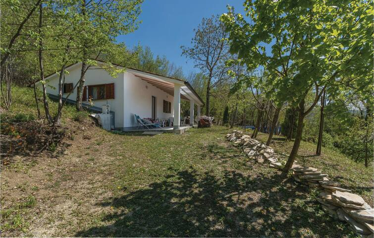 Holiday cottage with 2 bedrooms on 52 m² in Dolenja Vas
