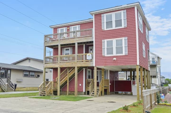 5035 RoxSand * 3 Min Walk to Beach * Pool & Hot Tub * Foosball Table
