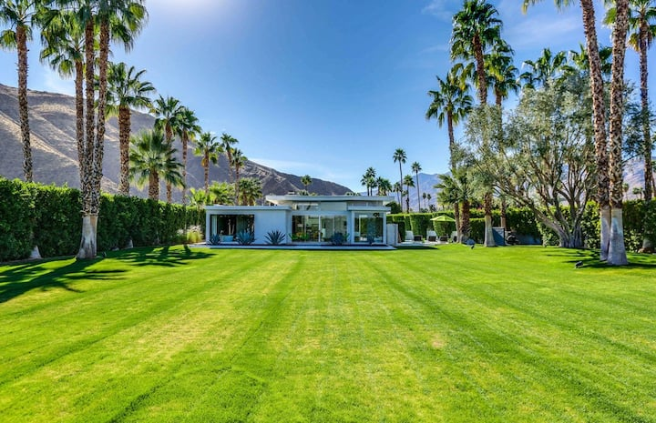 Beautiful celebrity estate on a half-acre w/ a private pool, firepit, & views!