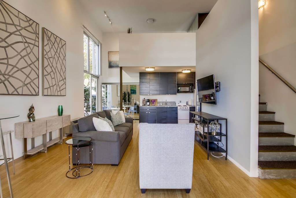 Captivating loft in the heart of little italy lofts - Loft industriel san diego californie ...