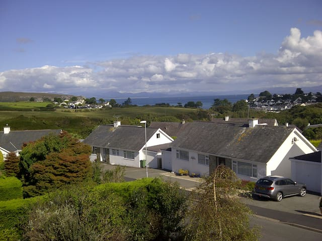 Family holiday home in Abersoch