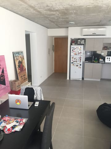 Departamento con COCHERA y piscina - Olivos - Apartamento