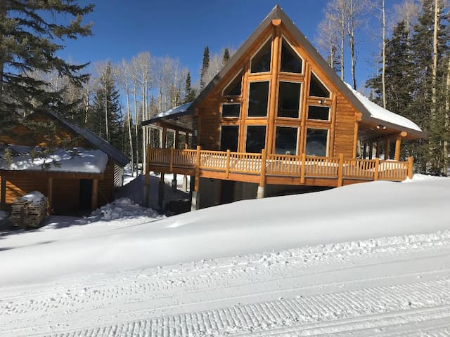 Littlebear ski in/ski out cabin