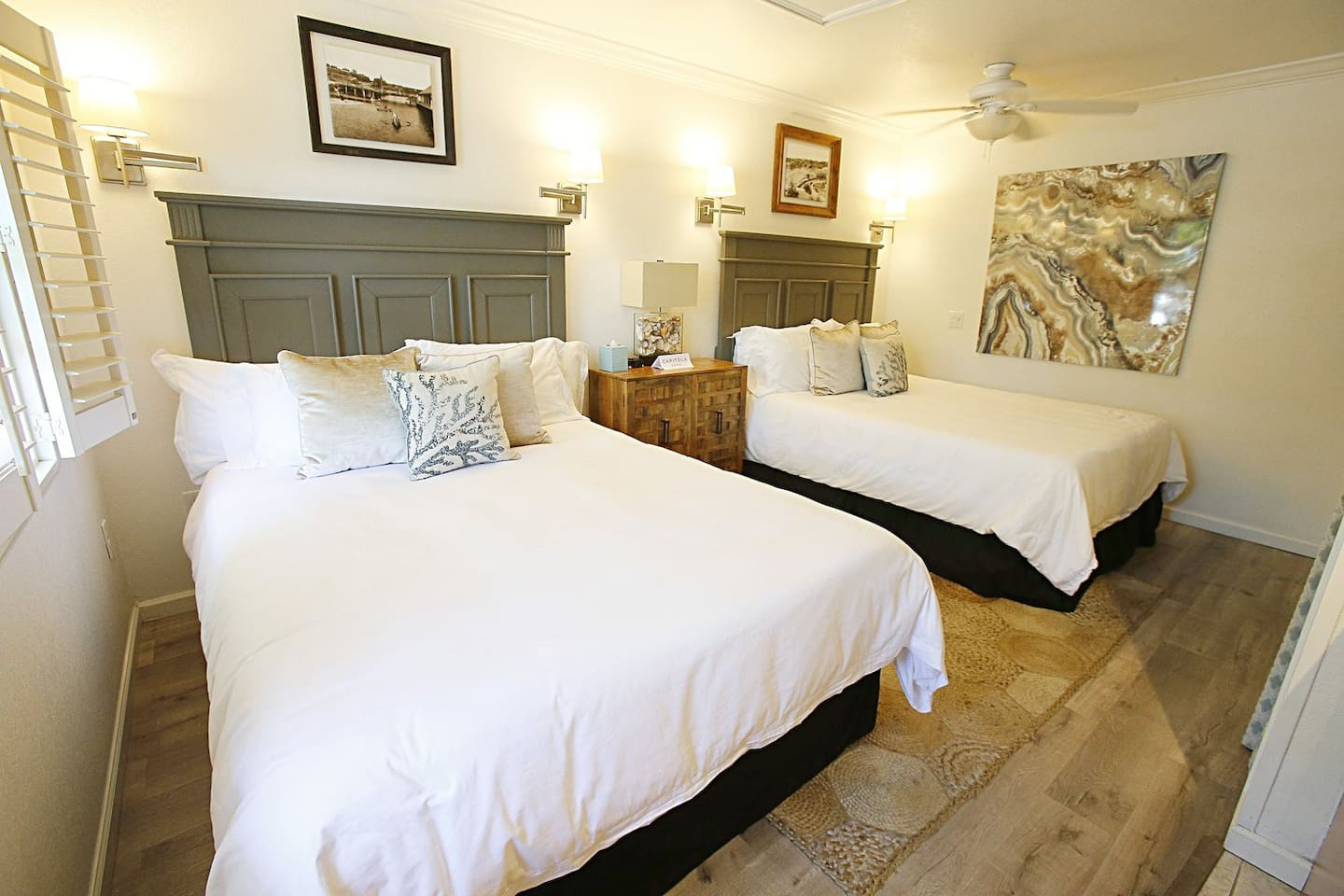 Capitola Hotel, The Grand Cayman room.